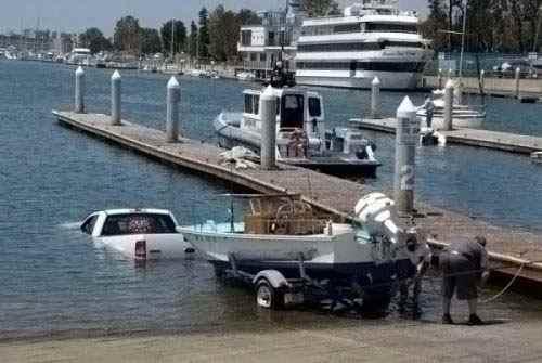 А вы уже спустили свою лодку на воду?