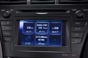 2012-Toyota-Prius-v5
