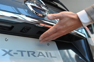 X-trail_door_open