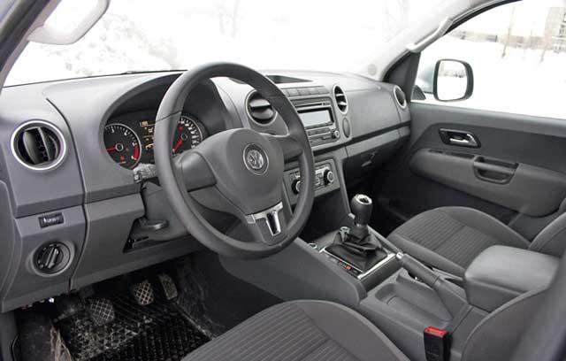 Volkswagen Amarok inside